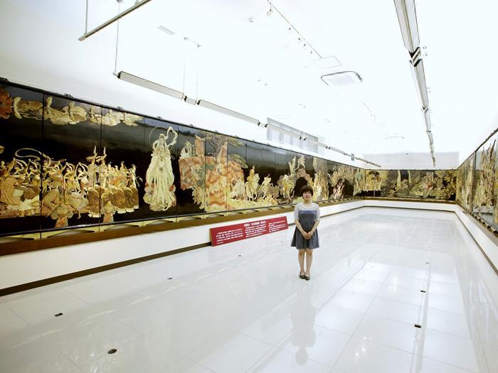 大型彩石象嵌屏風「西遊記」