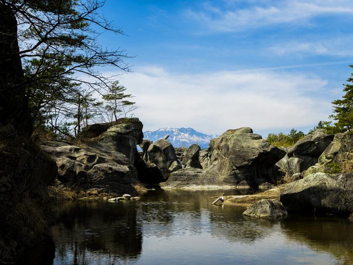 景勝地「かご岩」の奇岩