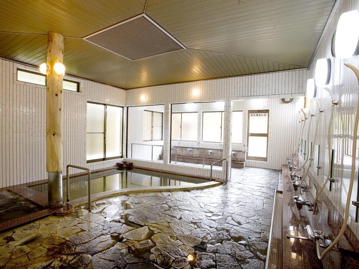 ジャグジー完備の内風呂