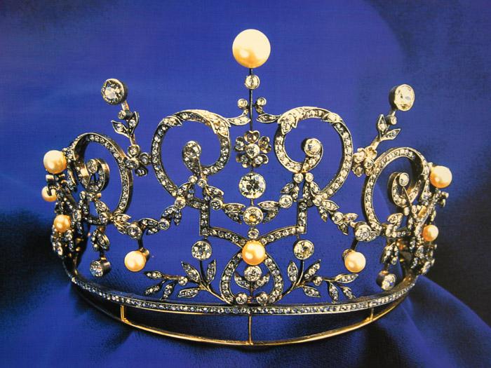 ヨーロッパの華やかな宝飾品