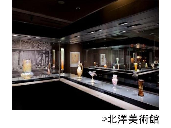 ガラスコレクションなどの展示室
