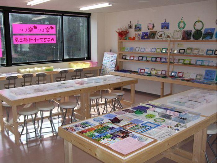 ガラスアート体験工房 箱根湯本駅前体験工房