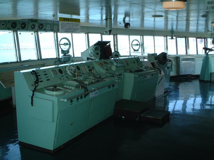 操舵室は船長や限られた船員だけ入室できた