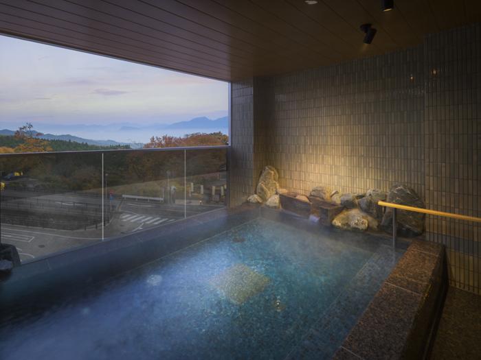 榛栗(はしばみ)の湯の露天風呂