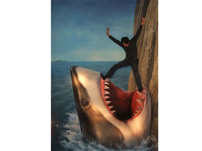 サメに食べられそうな「絶叫の岸壁」