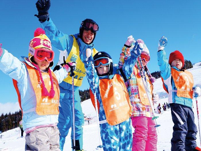 キッズ向けスキースクールレッスンも充実