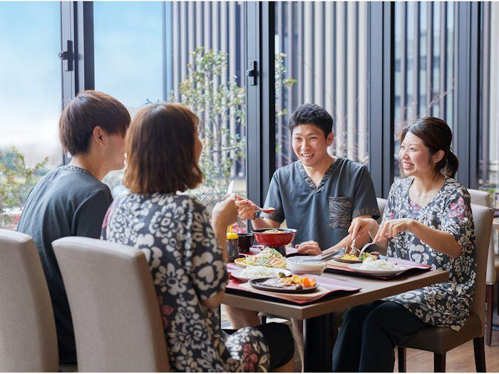 レストラン「Live Kitchen 美楽亭」