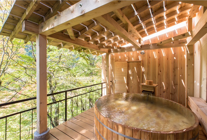 露天風呂「かわみの湯」