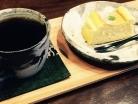 自家焙煎 仕込み水コーヒーと、酒米粉入りチーズケーキセット