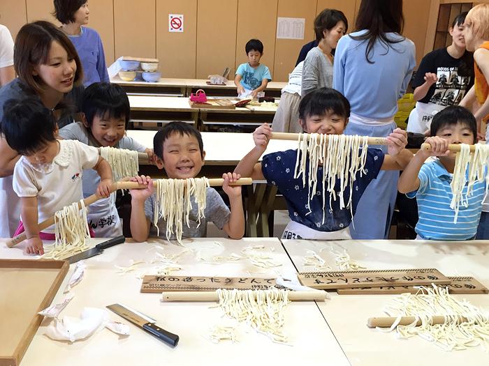 うどん作り体験(高松校/現地払い)
