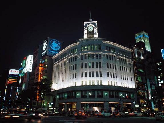 「はとバス」帝国ホテルバイキングと夜景の東京タワー